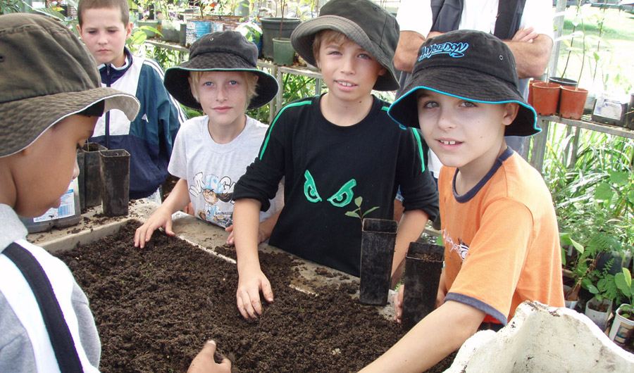 Children learn about horticulture
